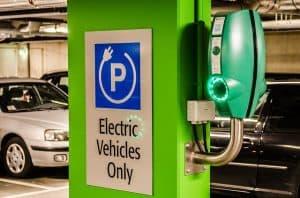 עמדות טעינה פרטיות לרכב חשמלי